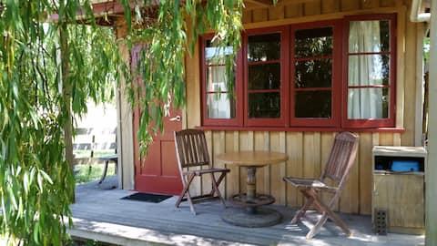 The Willow Cabin Matakana Village