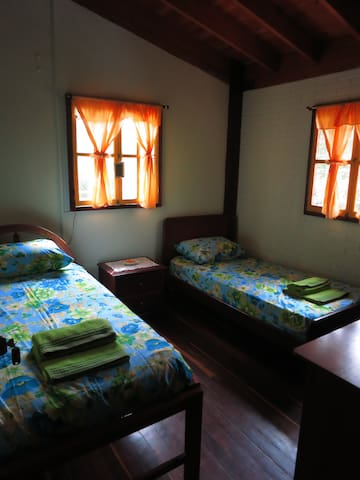 "Finca la Dulce Vida""Bed and Breakfast"" Room 3 - Caldas - Bed & Breakfast"