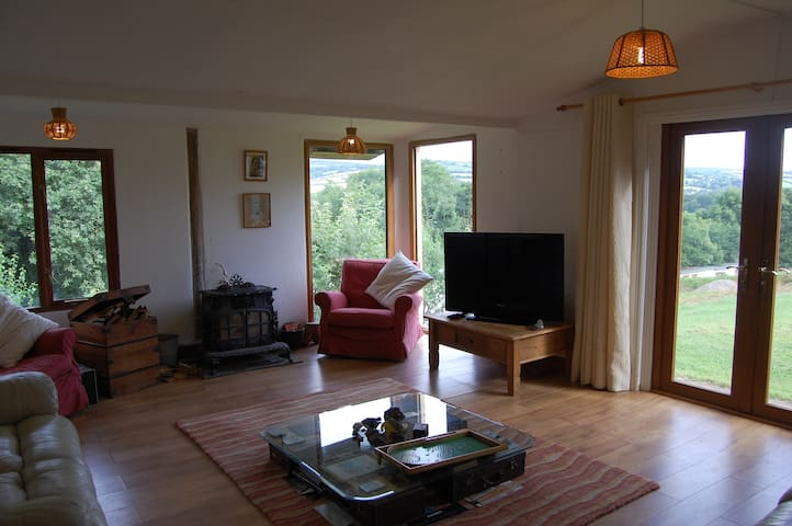 Stunning Dartmoor views in rural hilltop location - Devon - บ้าน