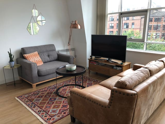Stylish 2 bed flat in Merchant City Glasgow Centre