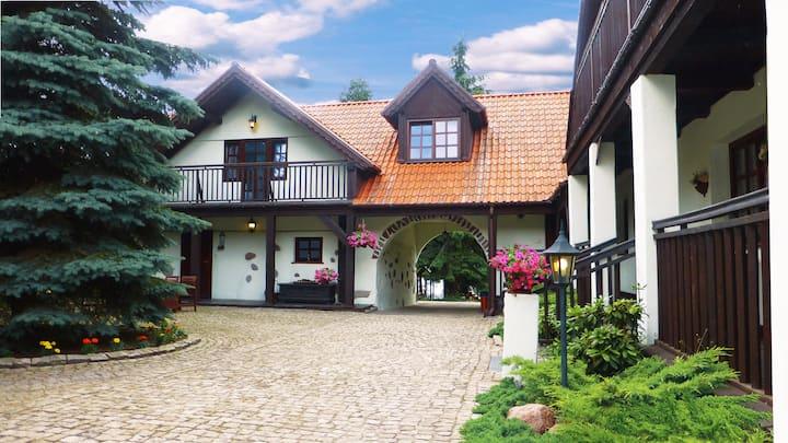 Dom nad Jeziorem Gołdopiwo na Mazurach