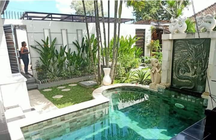 PRIVATE 2BDR ensuite villa with  pool in CANGGU