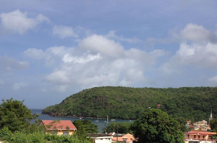 Villa Anses d'Arlet vue mer, piscine, plage à pied