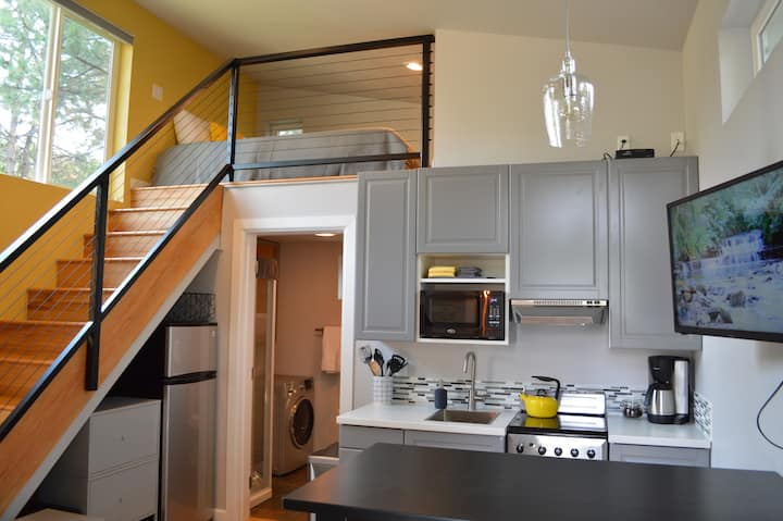 Tiny House Living: On Bend's East Side