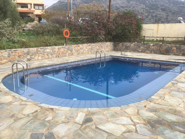 Sweet little villa with pool in mountain village