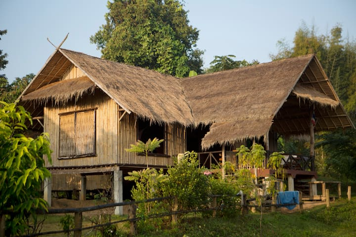 Chiang Mai Traditional Farm House - Mae Taeng - Flat