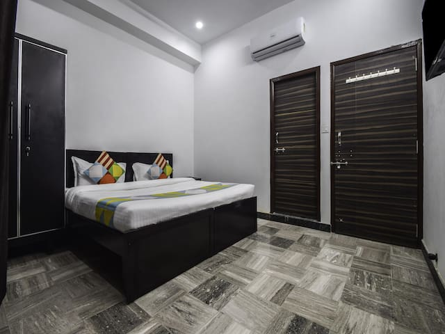 Modern 1BHK Abode in Udaipur (Marked Down!!)