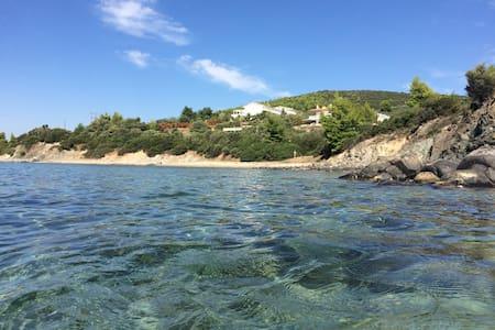 Seafront Villa in Sithonia - Villa