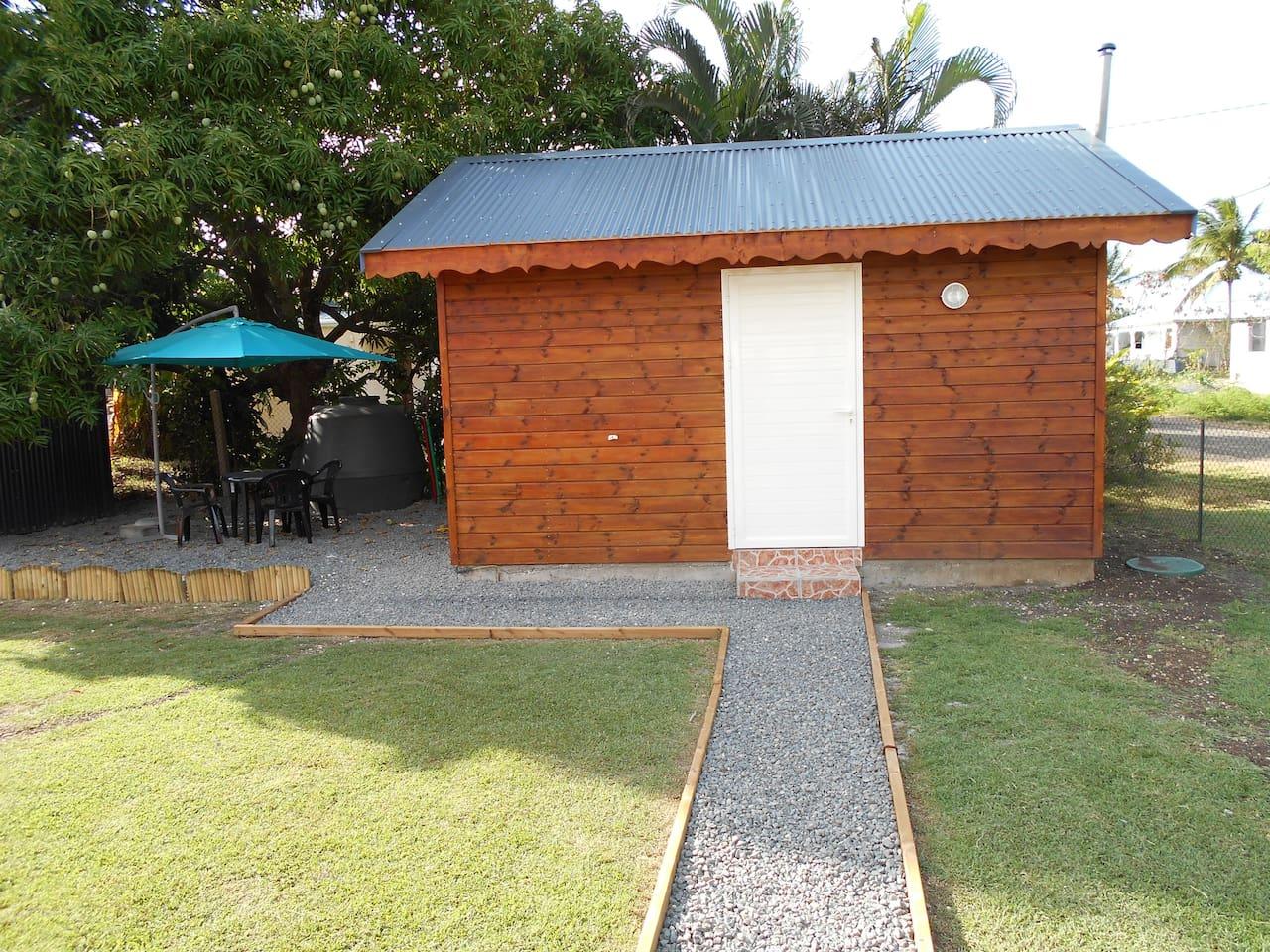 superbe bungalow équipé