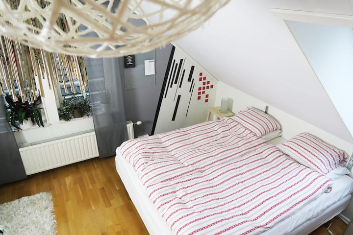 Bright room in cozy area just outside Helsingborg!