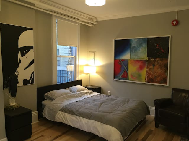 C1 Cozy studio in heart of the city
