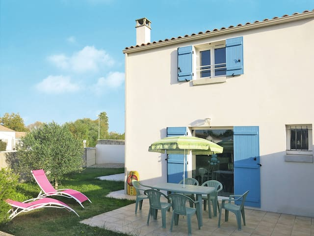 Holiday home in Grand Village Plage - Ile d'Oleron - Dům