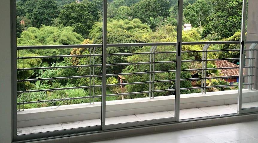 naturaleza y aire puro - Floridablanca - Apartamento