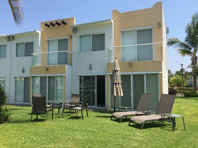 Casa en Acapulco Diamante, Terrarium.