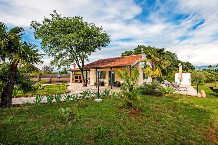 Casa ValeLuna in Rovinj - mit Sauna und Whirlpool