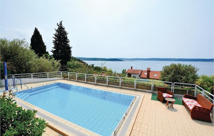 Amazing home in Portoroz with Sauna, WiFi and 2 Bedrooms
