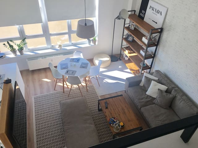NEW loft in CityCentre - Praag - Appartement