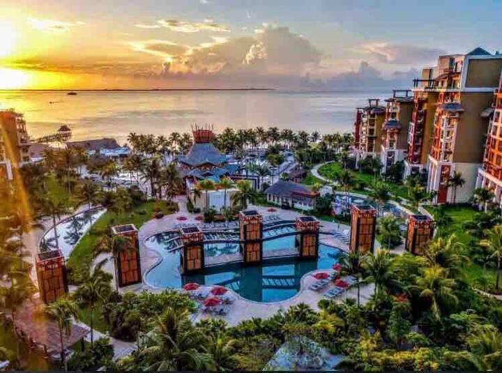 Beautiful Studio 5 Star Resort in Cancun!!
