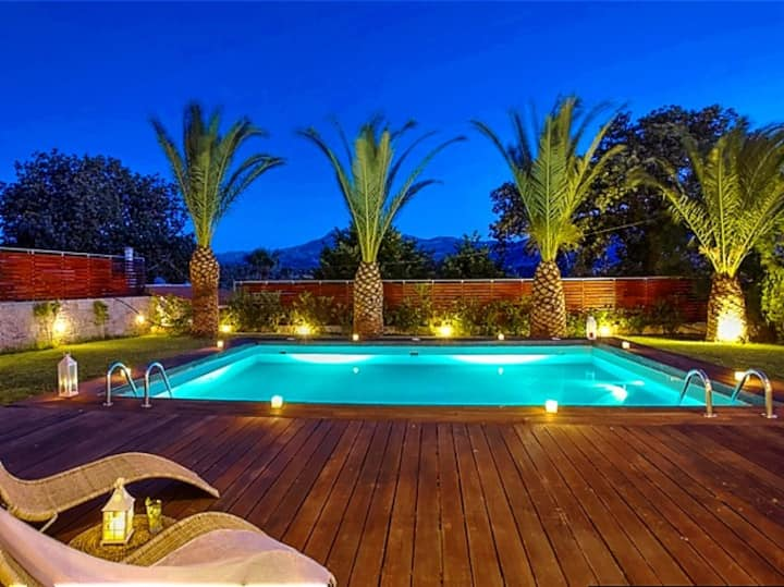 Stunning sea view villa on a 5-acre olive grove