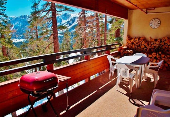 Ski-in, Ski-out Bridges Condo #257 - Mammoth Lakes - Condominium