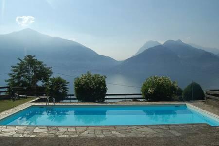 Lake Como: Villa Betty - Spectacular views
