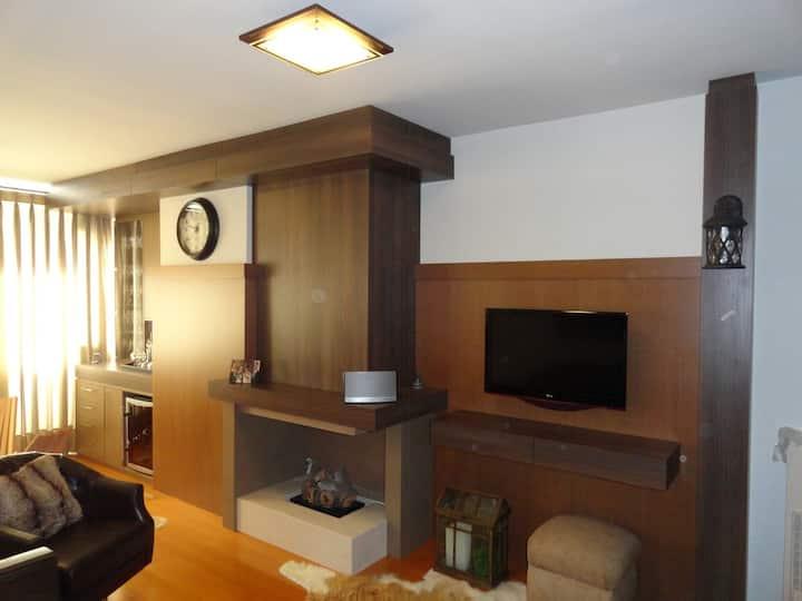 Apartamento de 1 quarto em Gramado, perto de tudo.
