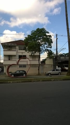 Apto. Térreo, Av. Ana Costa - Santos (SP)