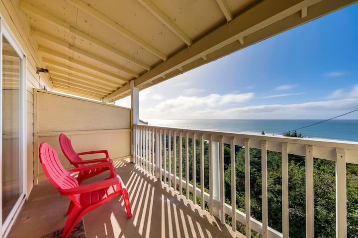 Dog-friendly oceanview condo w/ great location & nearby beach access!