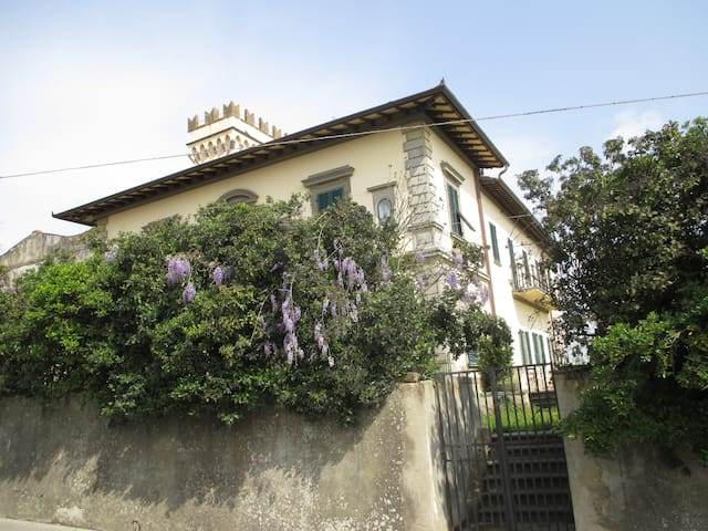 Superb villa with private swimmingpool km florence - Romola - Villa