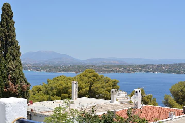 Spetses-Nice view-Ligoneri - Spetses - Jordhus