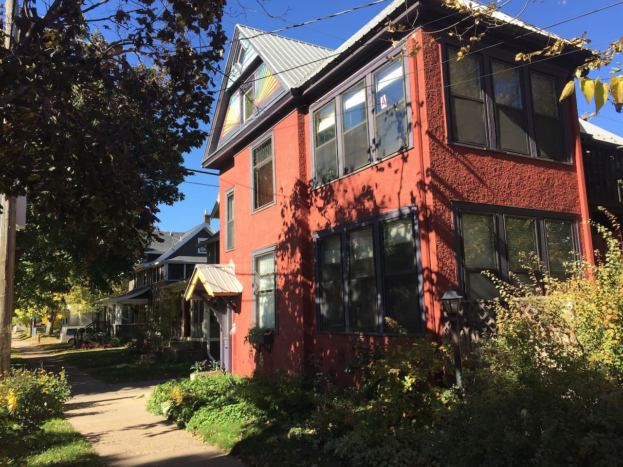 Welcome to your stay in our private first floor, 2-bedroom unit at The Red House in Uptown Minneapolis. Parking behind the duplex for one vehicle. Near uptown restaurants, galleries and theaters.