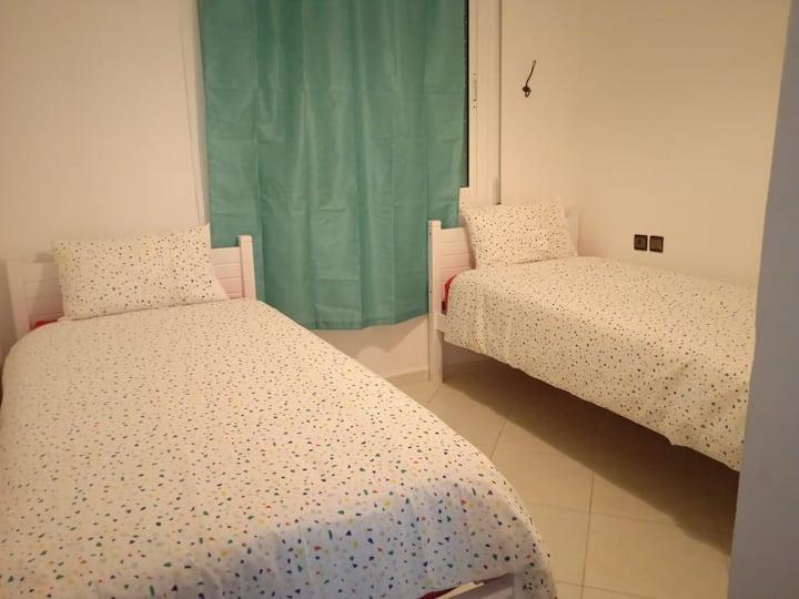 un beau appartement propre et bien situé à fes
