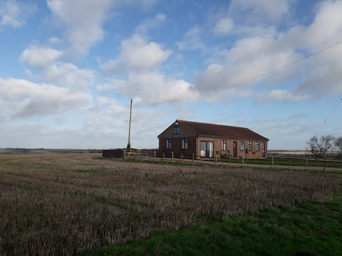 Secluded High Beacon Cottage, Lincolnshire Wolds