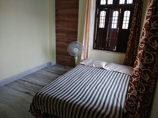 AC room (east) @2nd floor, near river Ganga