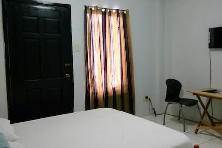 Near Airport SMLanang Travelers Hub - Davao City - Apartemen