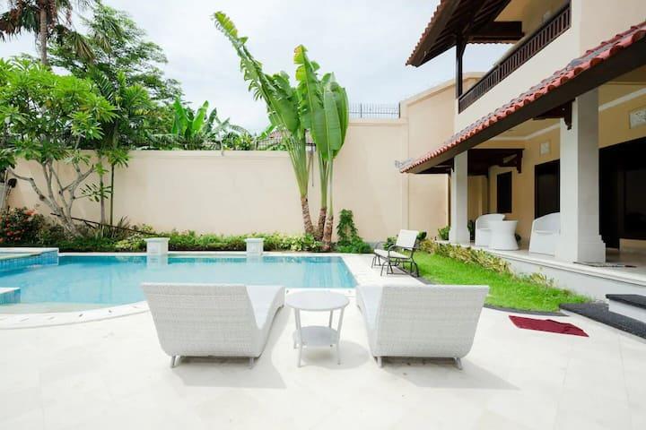 Sewa kamar MURAH #2 >Vila Kimberly D-17 @ Nusa Dua