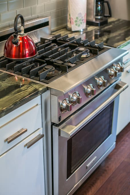 This stove is a real joy to cook on!