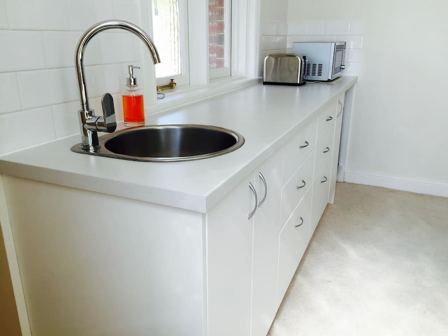 Make your own breakfast in the kitchenette, which has a sink, microwave, fridge, kettle and toaster