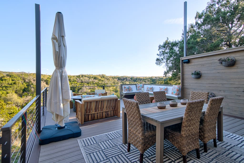 Spectacular Hill Country Views