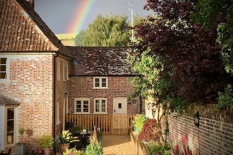 Beautiful Restored Cottage in the heart of Dorset.