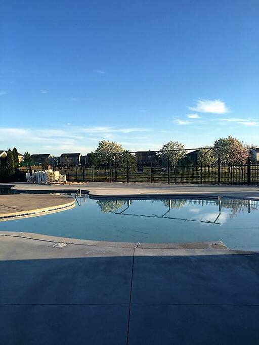 Community Seasonal Pool