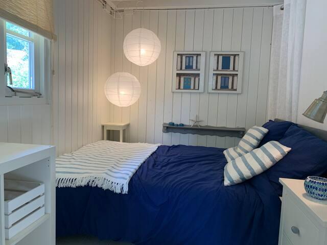 Slaapkamer; bed 140*200