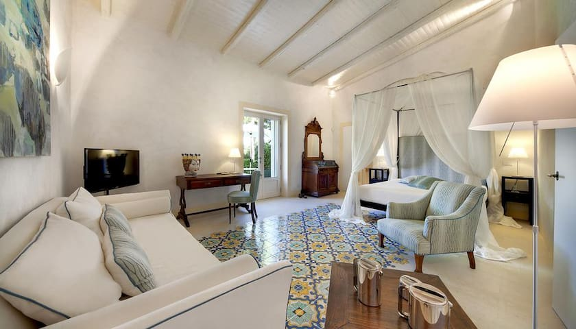 Donna Coraly Resort - Suite Angelica - Syrakus