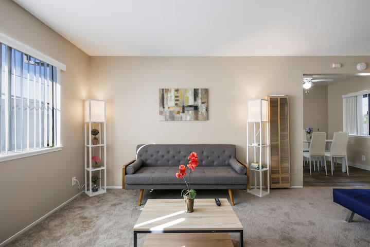NEW!⭐ Alluring 2BR ❤️ Walk to Kaiser⭐ 20% Discount