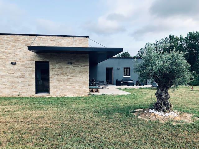 Maison moderne en Périgord