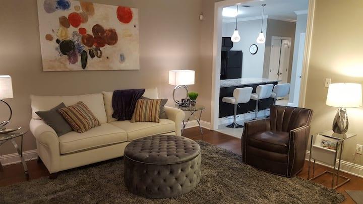 Luxurious Contemporary 3 Bedroom Villa