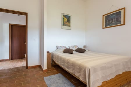 Charming B&B on the hill forFAMILYS - Curral Boeiros