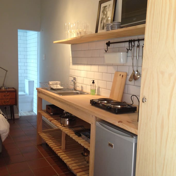 A small but stylish and well equipped kitchenette