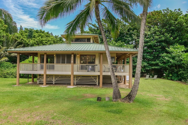 Prized location to famous Tunnels Beach! Tranquil setting! Hallor Hale TVNC 5147