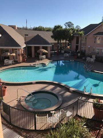 Getaway near Kissimmee Attractions #06623